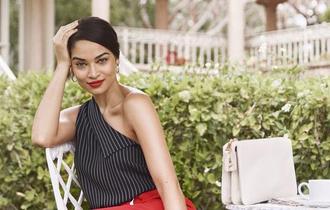Cum sa investesti smart intr-o garderoba de lux: sfaturi de la stilistii fashion