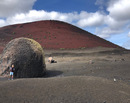 Plimbari pe Insulele Canare: Aventuri pe Lanzarote, printre vulcani si mare